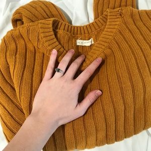 Mustard yellow PacSun brand sweater